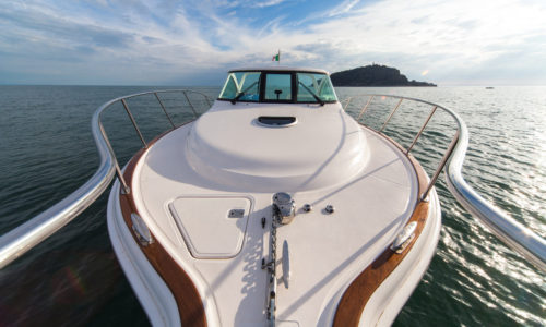 pressure-wash-grand-rapids-boat-washing